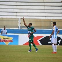 Rayllan comemora o primeiro gol da Lusa